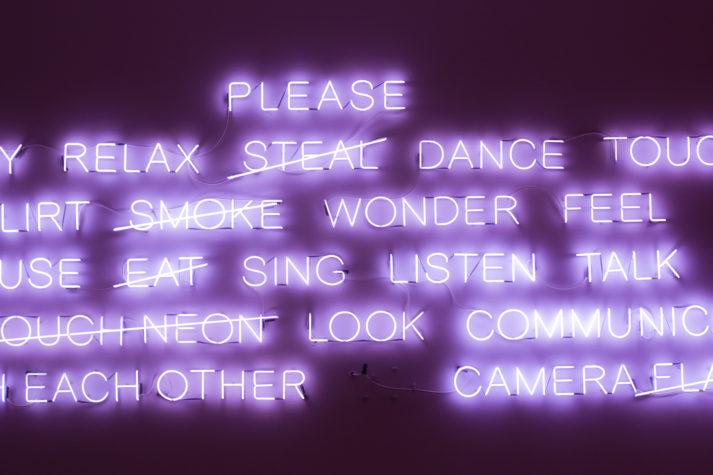 Insegna neon di parole